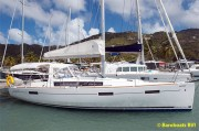 7456-Beneteau_41_At_Dock.jpg