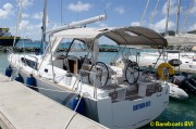 7130-Beneteau-Oceanis-38-At-Dock.jpg