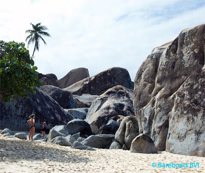 VG_The_Baths_Boulders